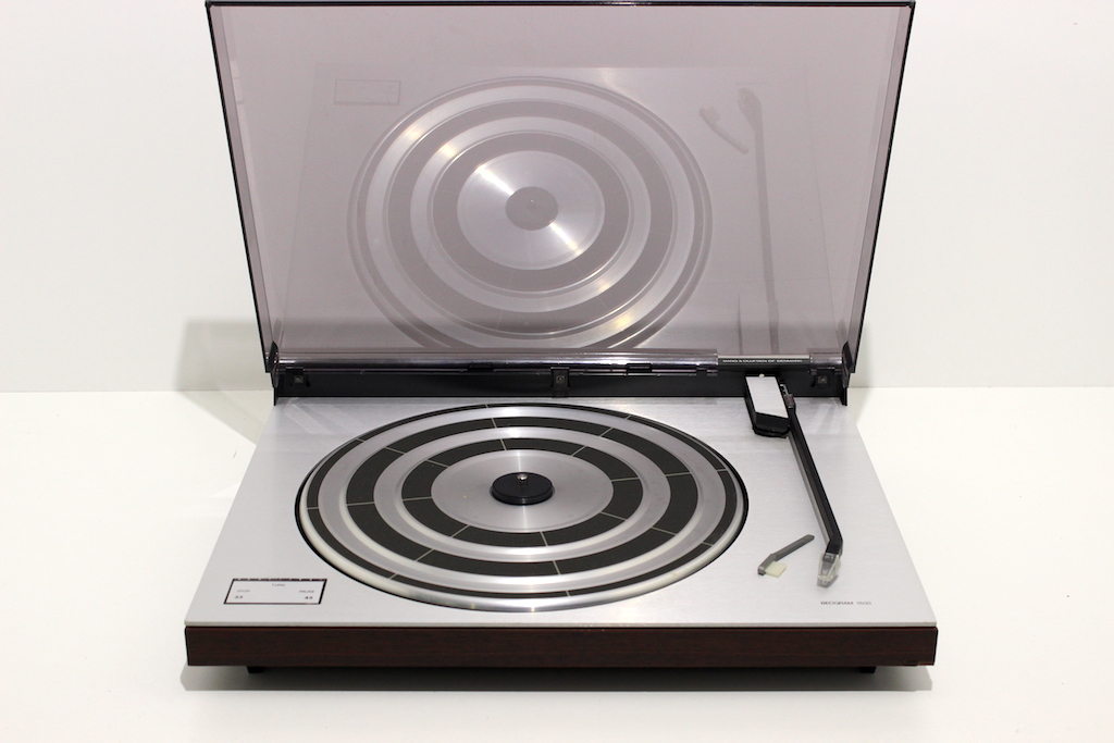 PLATINE VINYLE BANG AND OLUFSEN BEOGRAM 1500
